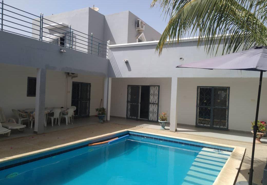 villa 3 chambres à vendre saly diambar25