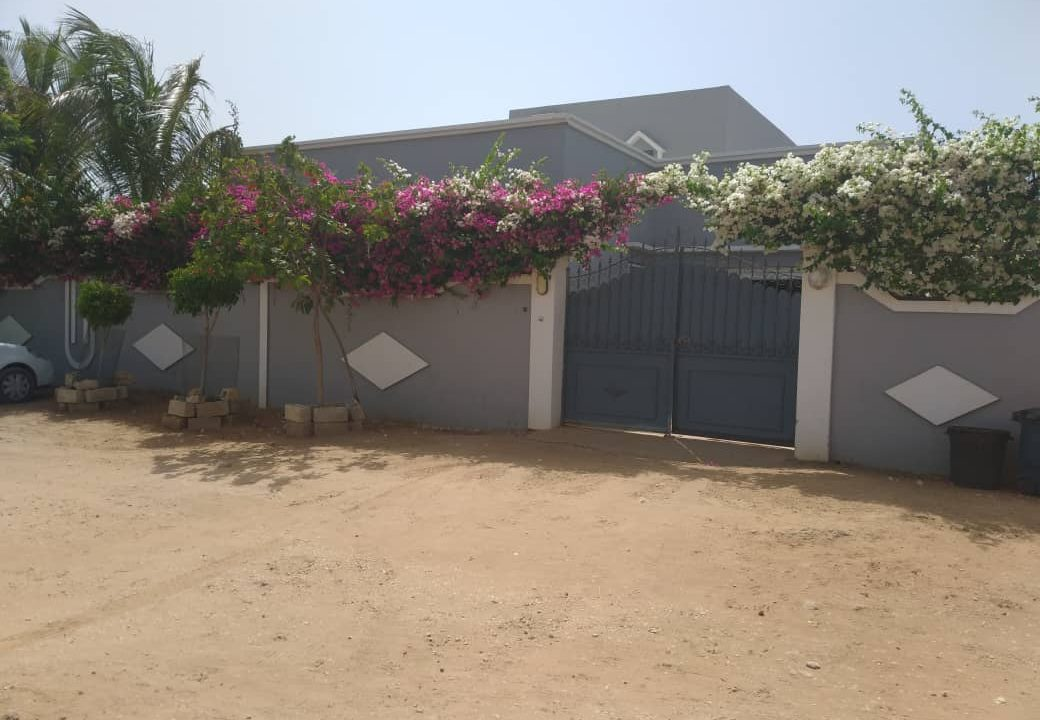 villa 3 chambres à vendre saly diambar4