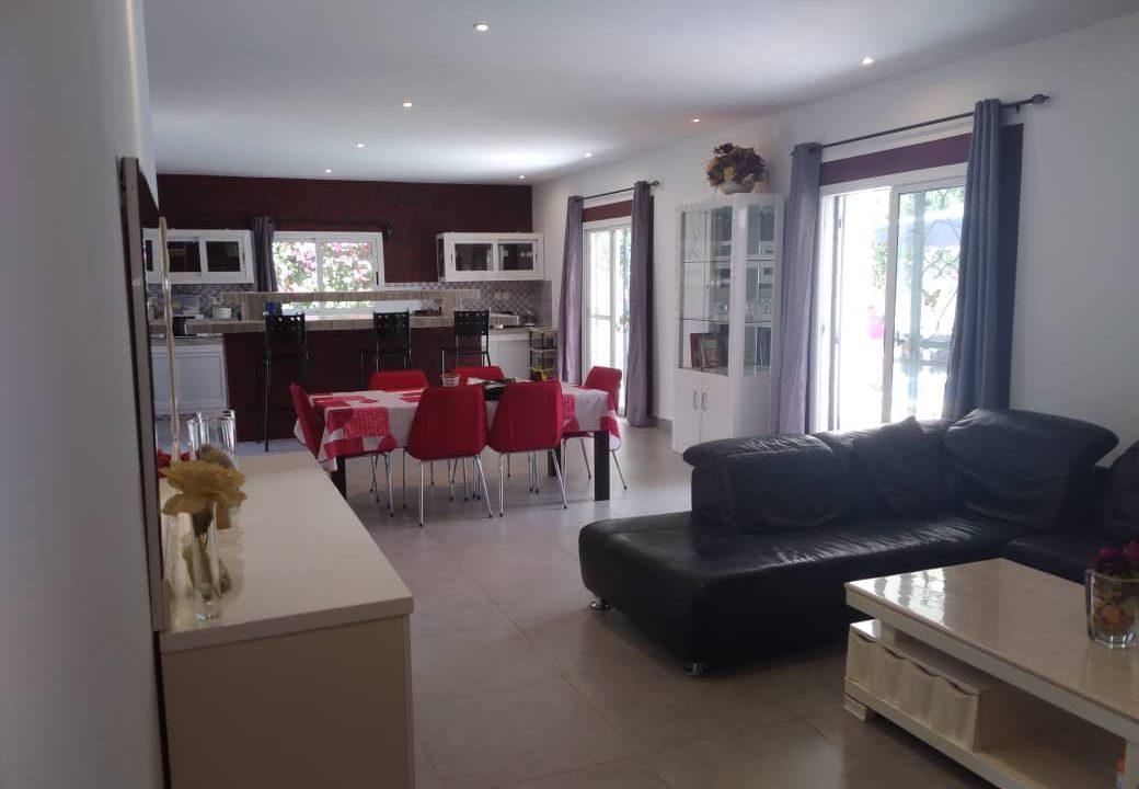 villa 3 chambres à vendre saly diambar8
