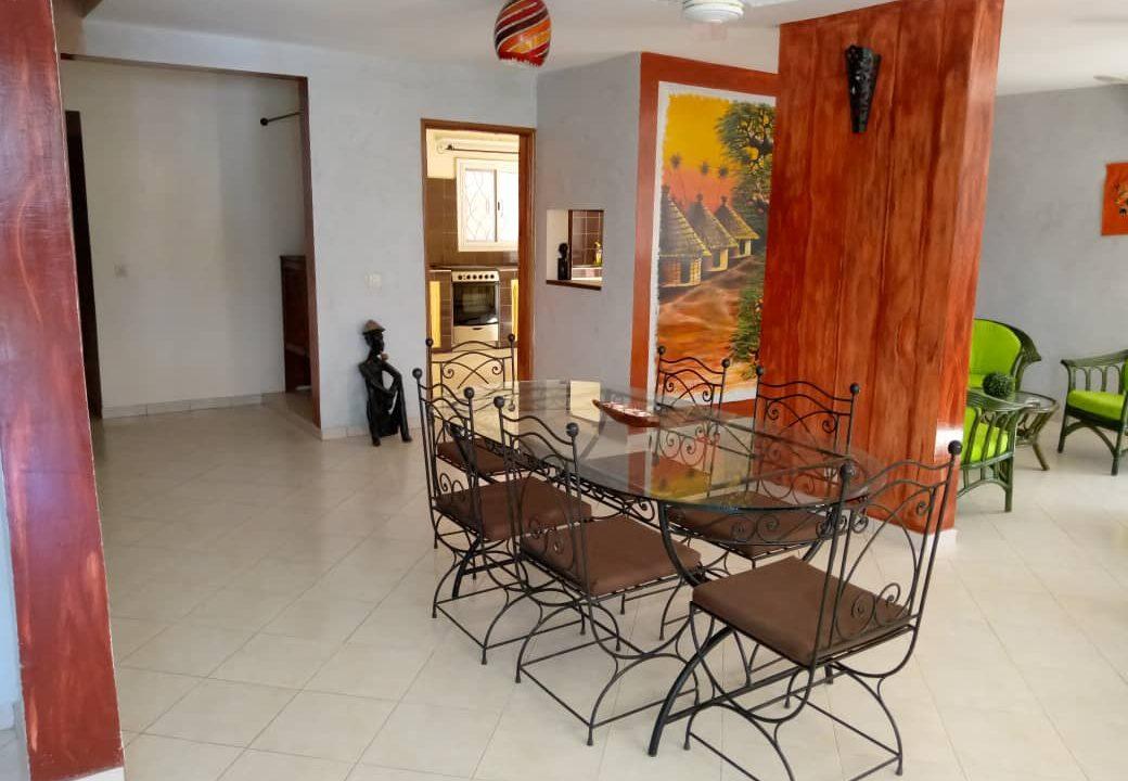 villa 5 chambres à louer saly4