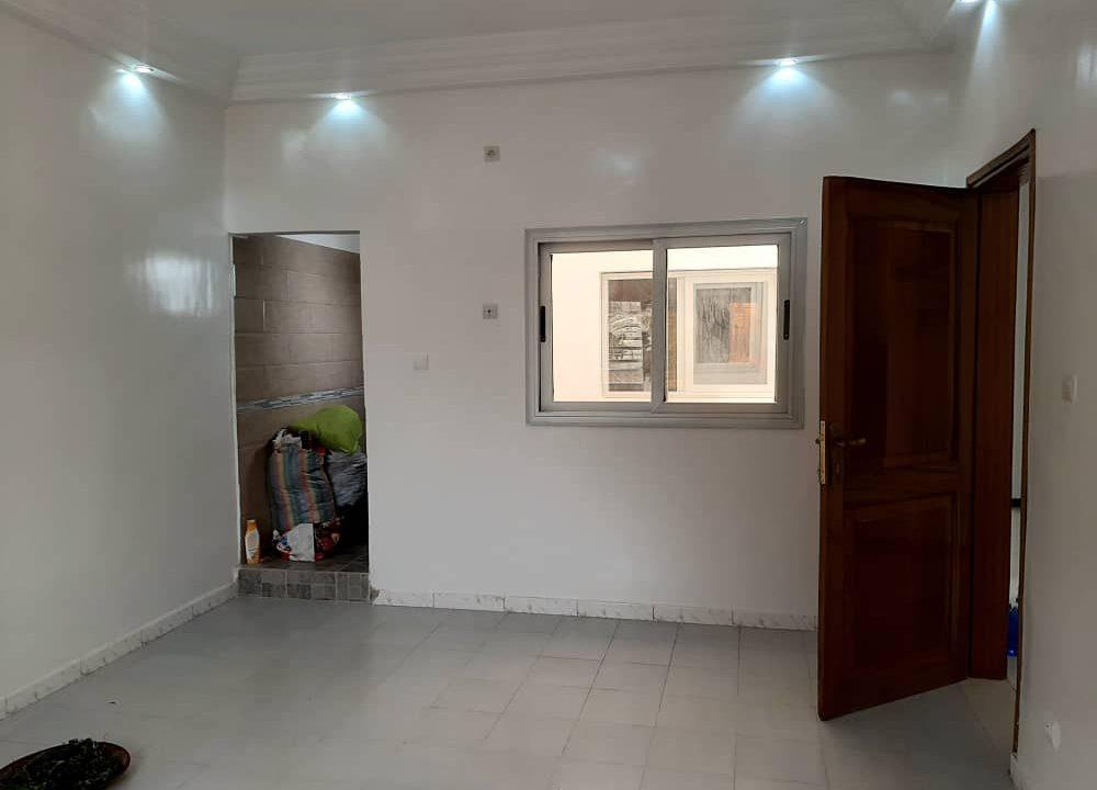 maison neuve 7 chambres à vendre à thiés 12