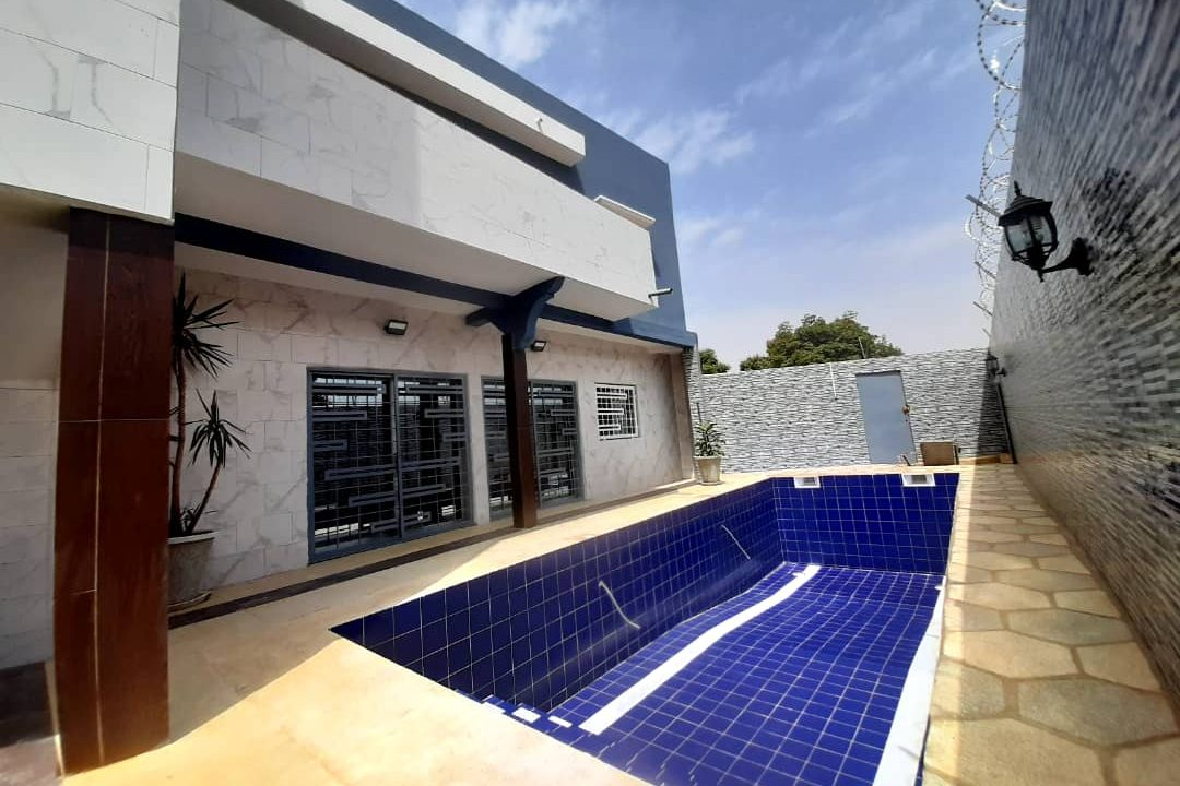 maison neuve 7 chambres à vendre à thiés 16