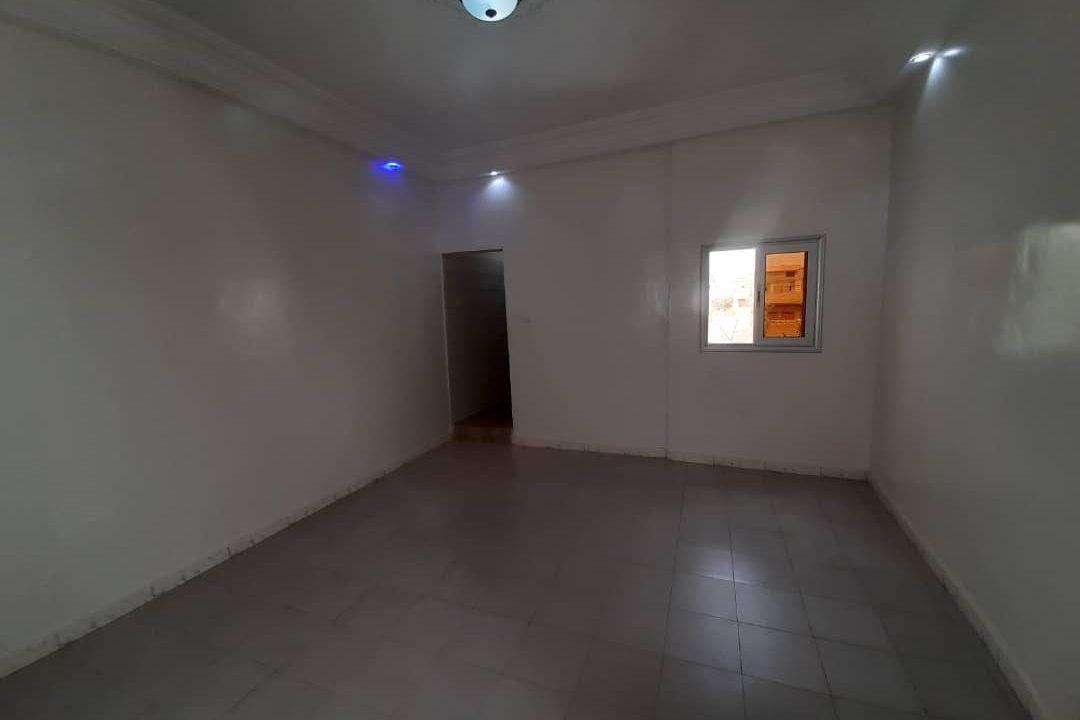 maison neuve 7 chambres à vendre à thiés 23