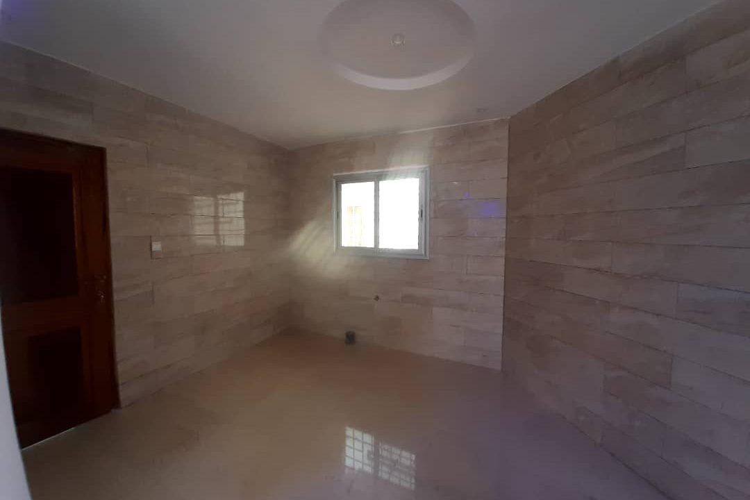 maison neuve 7 chambres à vendre à thiés 5