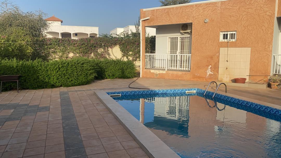 villa 4 chambres à louer à la somone (aigrettes) 37