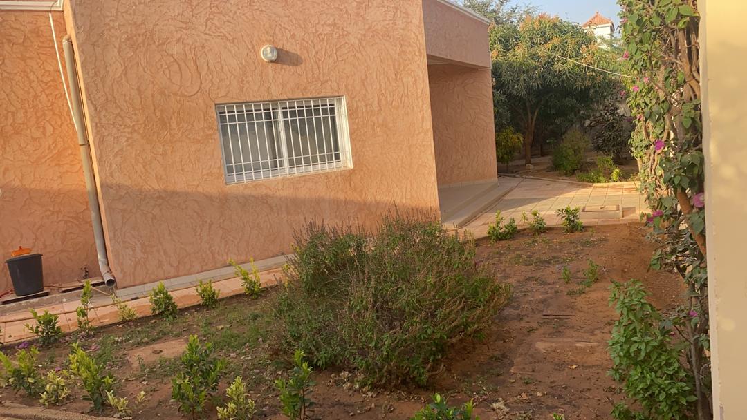 villa 4 chambres à louer à la somone (aigrettes) 39